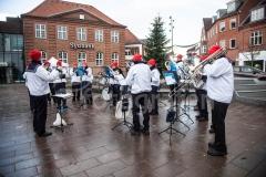 FDF Orkestret spiller julemusik på torvet i Grindsted den 9.december 2017