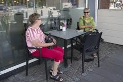Hygge udenfor Alle Tiders Café - Foto: René Lind Gammelmark